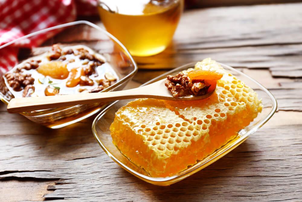 мед и грецкие орехи для мужчин