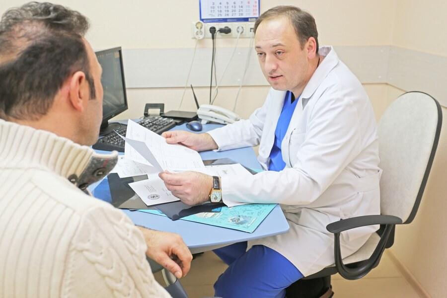 врач андролог лечит импотенцию