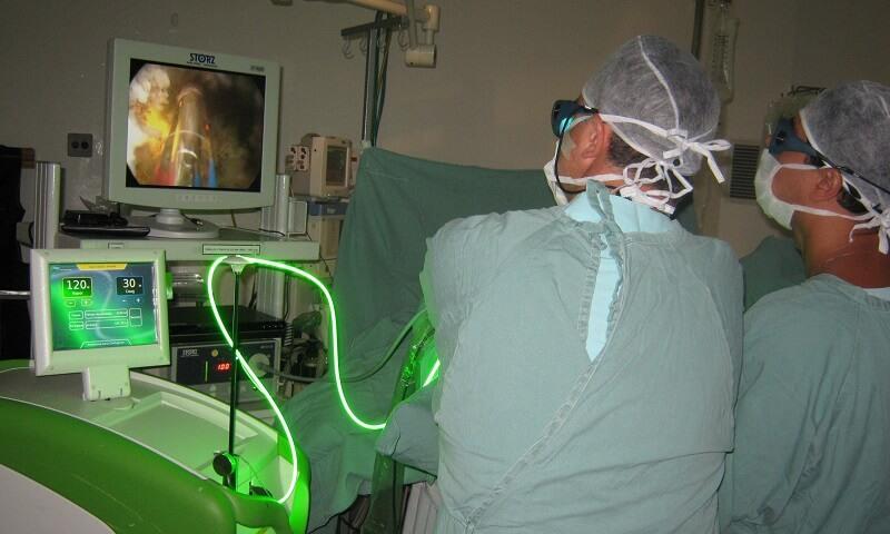 Лазерная вапоризация аденомы простаты (плазменная): что это, где делают, как проходит, эффективность, осложнения
